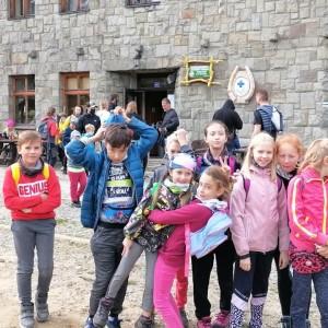 """Obrazek galerii Konkurs rekreacyjno-turystyczny """"W góry"""" z okazji Światowego Dnia Turystyki"""