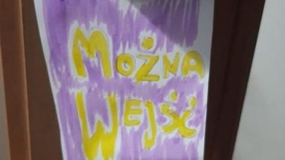 Obrazek galerii Zawieszki na drzwi